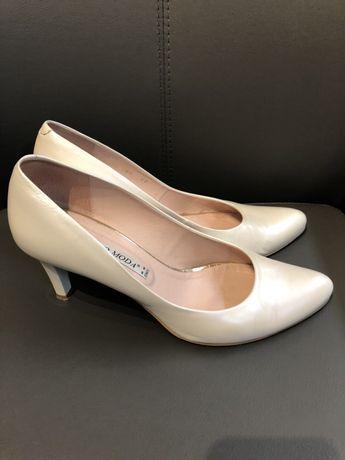 Szpilki ślubne białe buty perłowe skóra 39