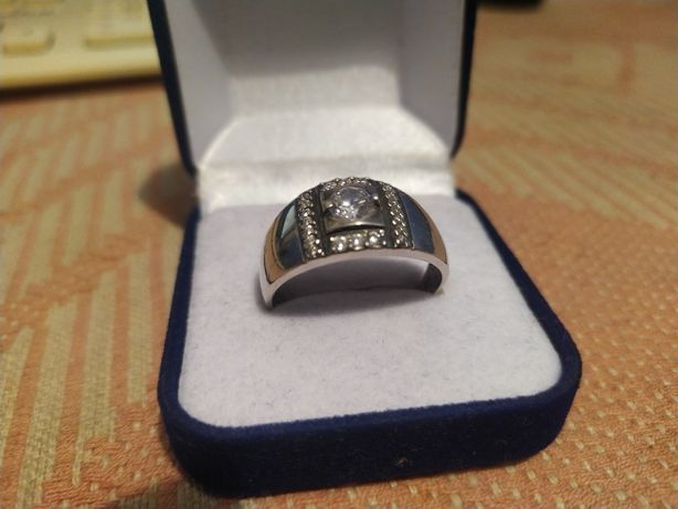 Продам мужской перстень