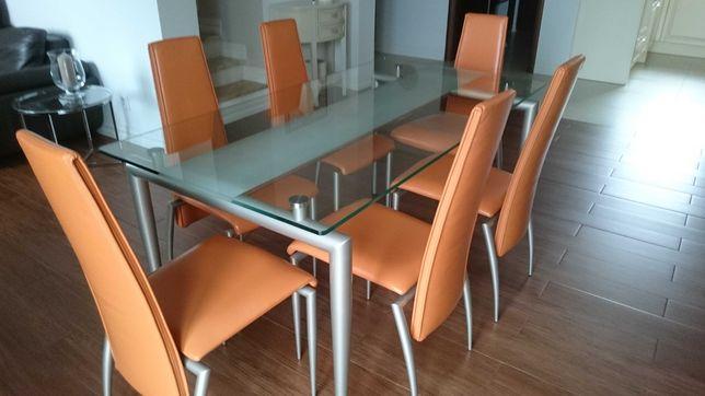 Stół z krzesłami firmy kler.