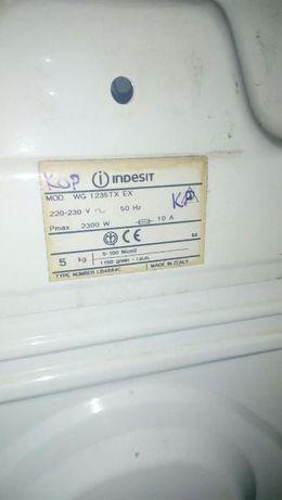 Стиральная машинка Indesit на зап части