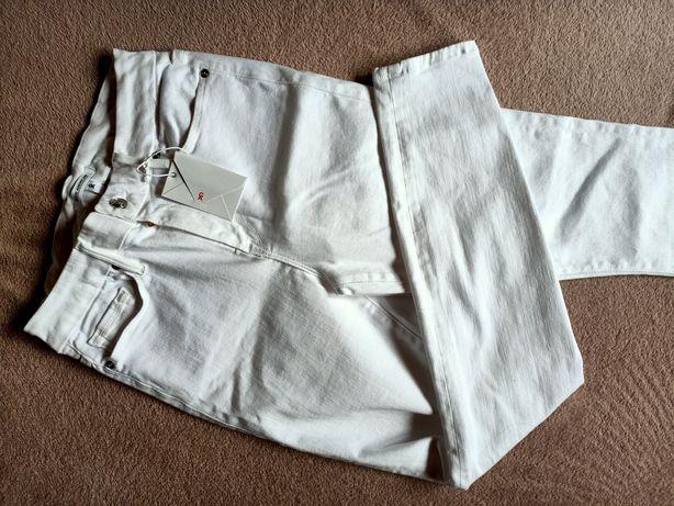 Spodnie białe Good American
