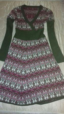 Продам теплое фирменное платье