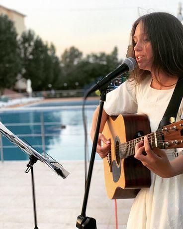 Уроки игры на гитаре, укулеле и лютне!!!