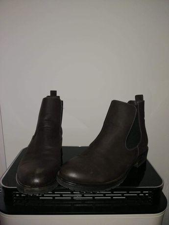 Buty męskie raz założone
