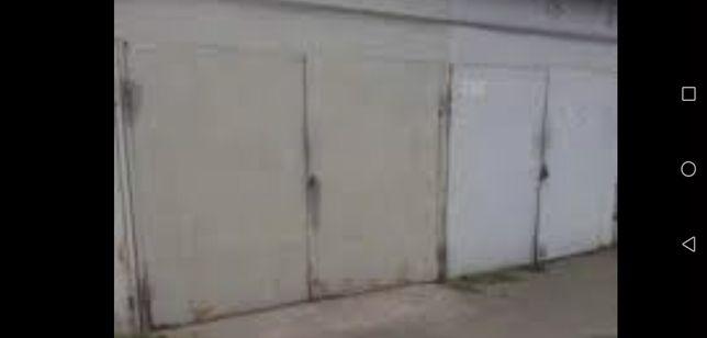 Сдам гараж возле Торг. Комплекса Познань