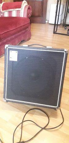 Продам Ampeg BA-112 бас-гитарный, басовый, комбик, усилитель