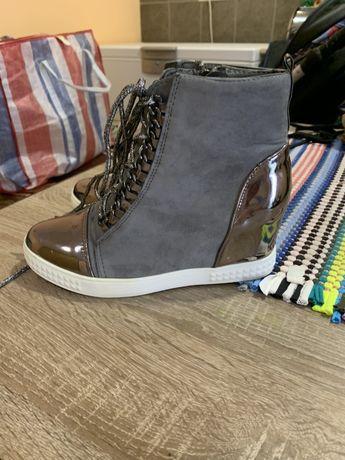 Женские кеды, ботинки