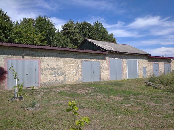Продам гаражі, склади, приміщення с. Могилівка