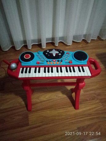 продам дитяче піаніно