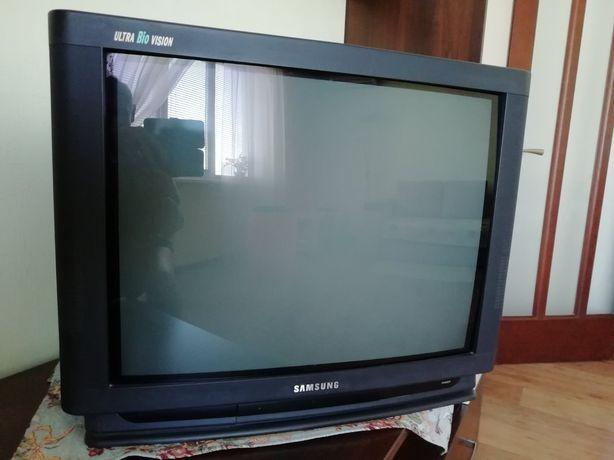 Телевизор Samsung CS-6277 PTR. В подарок DVD плеер!