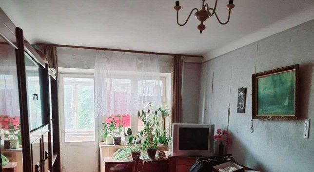 Двокімнатна квартира по вул. Покровській (центр)