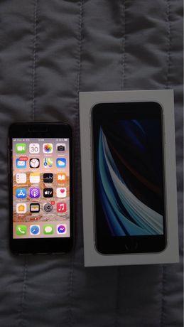 Sprzedam iPhone SE 2020 biały