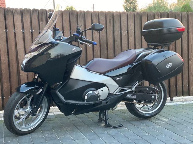 Honda nc700D Integra hybryda skuter motocykl
