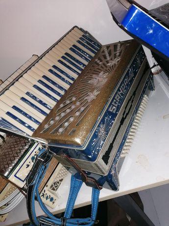 Akordeon włoski Scandalli Vibrante Four 120 basowy 4 chorówy