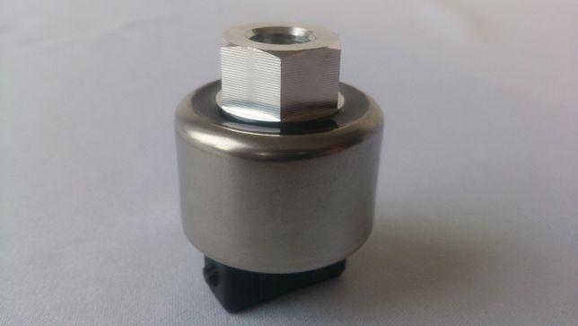 Nowy Czujnik włącznik klmatyzacji Case MXM New Holland Steyr