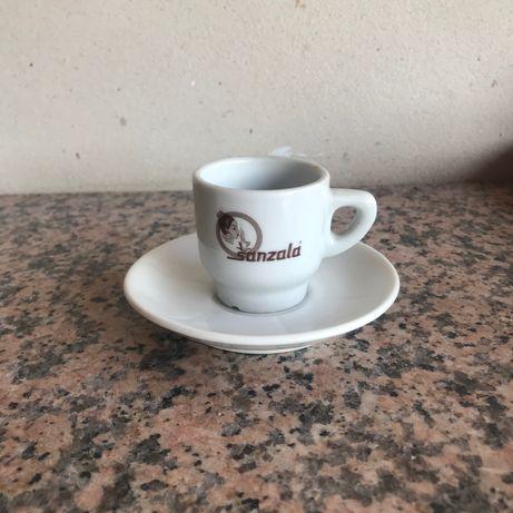 Xícara de café sanzala
