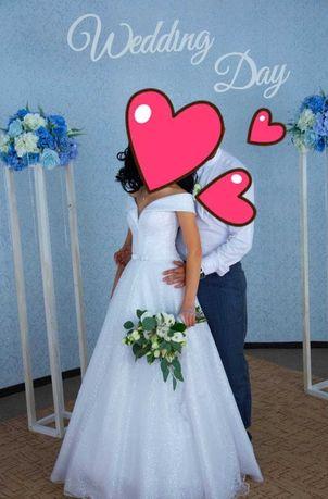 Продам свадебное платье 42 р-р