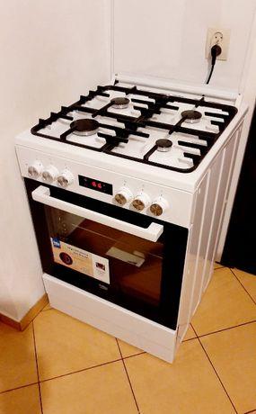 Kuchenka gazowa piekarnik elektryczny 60cm beko jak nowa