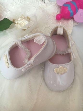 Обувь для маленьких модниц