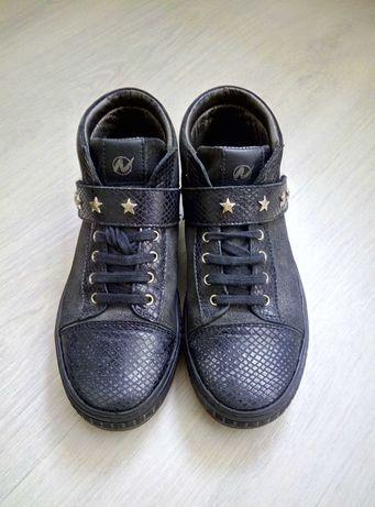 Кожаные ботинки naturino Италия по типу walkid primigi на девочку р 35