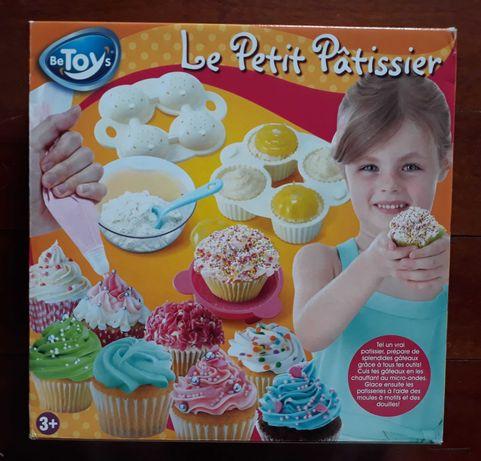 Kit  MasterChef pasteleiro criança (NOVO)