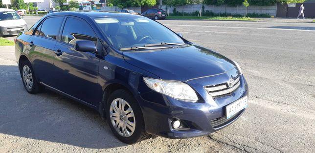 Продам Тойоту, купленную в салоне в Киеве в 2009 году . Один хозяин.