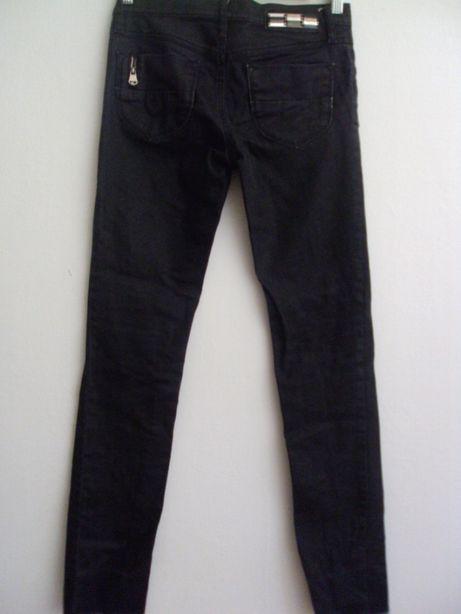 DIESEL markowe oryginalne jak nowe dżinsy rurki elastyczne XS
