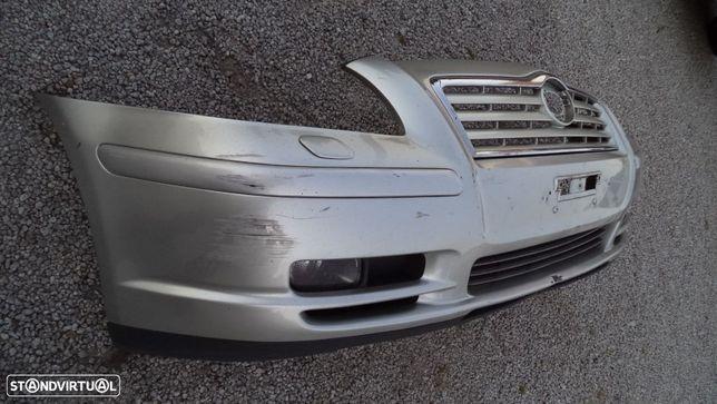 Para-choques Toyota Avensis ano 2002 a 2006 (ORIGINAL)