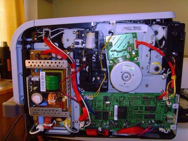 Reparação de equipamentos electrónicos e informática.