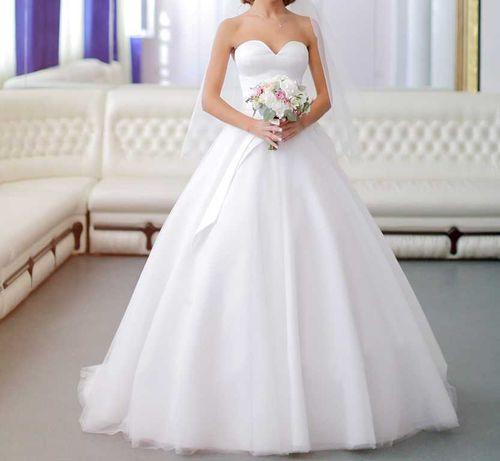 Продам платье свадебное,весільня сукня,плаття