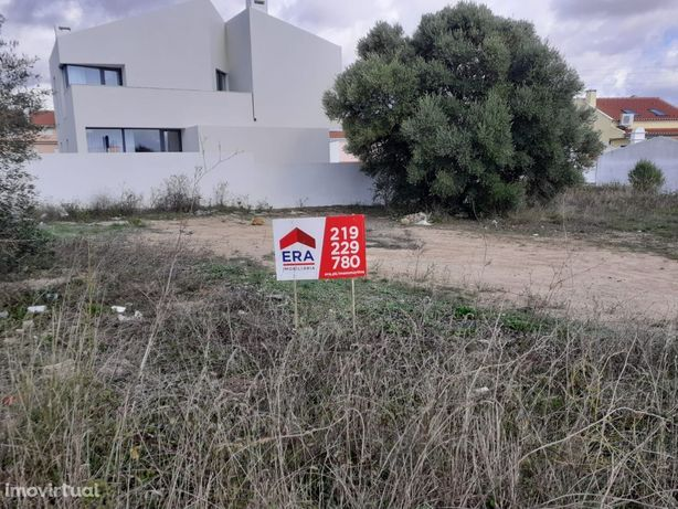 Vende-se TERRENO Urbano Albarraque
