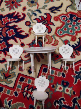 Стол и стулья игрушечные, времён ссср