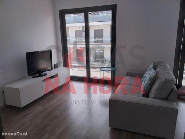 3ºAndar_ T1_ Apartamento Novo com mobiliário