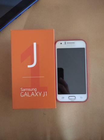 Samsung Galaxy J1 uszkodzony