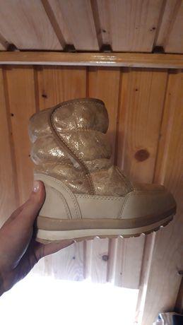 Зимові чобітки на дівчинку