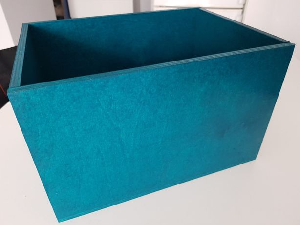 Pudełko/Pawie pióro