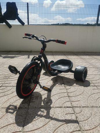 Trike drift a pedais