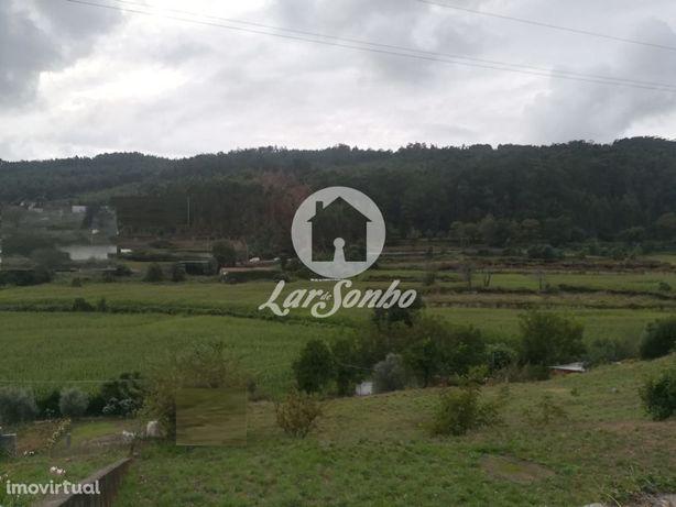 Terreno agrícola com 900 m2 em Portela, Famalicão