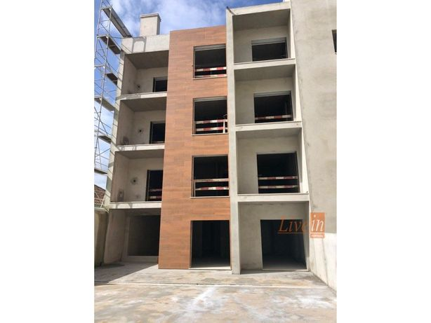 Excelente Apartamento T0+3 Novo em Construção no Centro d...
