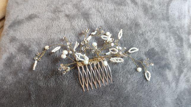 Ozdoba do włosów ślubna na grzebieniu, biało złota