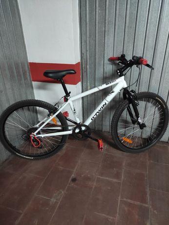 Bicicleta rockrider 300 roda 24 9 - 12 anos