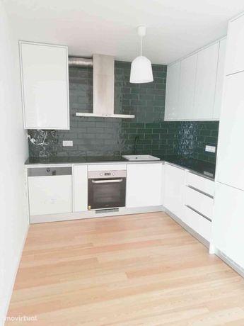 Apartamento T2 Novo com Pátio