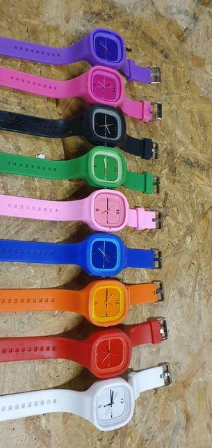 10 zegarków pakiet