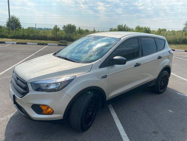 Продам автомобіль Ford Escape 2018р