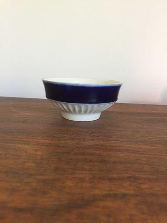 6 sztuk miseczek/konfiturówek/ , porcelana z kobaltem , PRL
