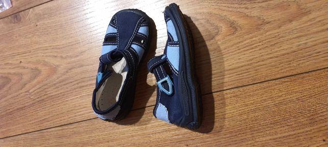 Kapcie/ buty dziecięce ZETPOL