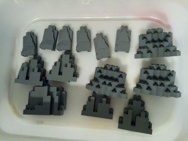 LEGO castle skały