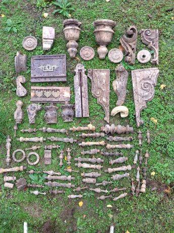 Lote fragmentos em madeira de talha e decorativos