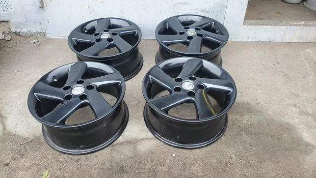 35* Продам ориг диски Mazda R16 5x114,3 Hyundai Kia Mitsubishi