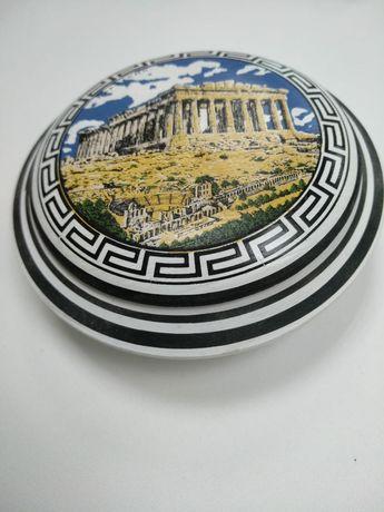 Сувениры из Греции: колода карт и керамическая шкатулка